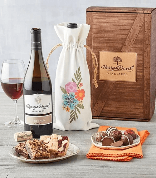 wine-and-sweets-gift
